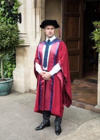 Wholesale Graduation Gowns | Graduation Attire