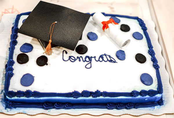 Graduation Ideas, Cake