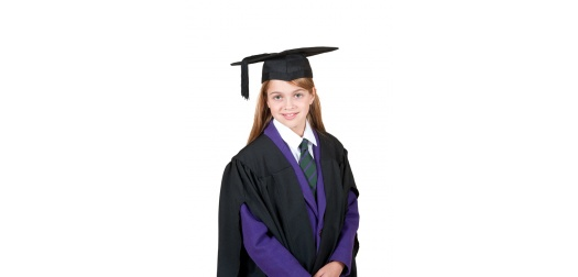Children\'s Graduation Ceremonies with Graduation Attire