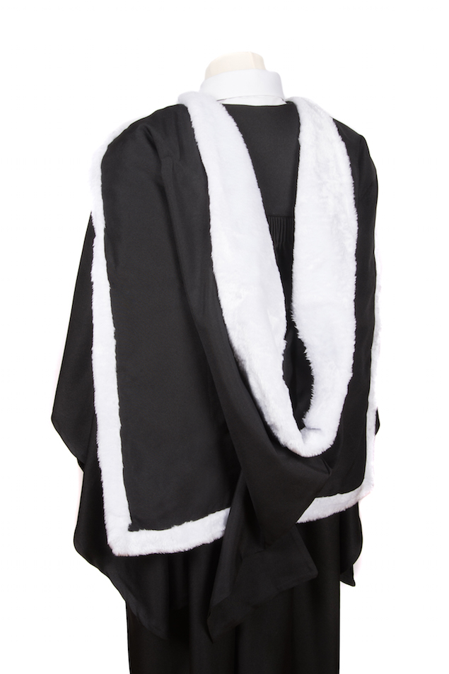 Graduation Gowns & Attire for Bachelors and Masters Ceremonies